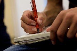 õpilane kirjutab