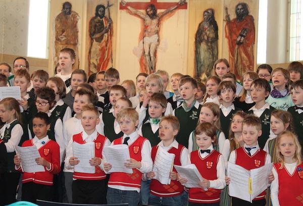 Lauldes taevaisale