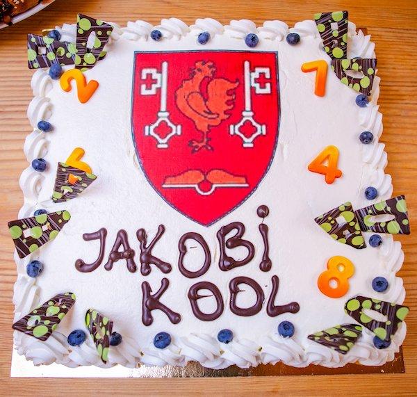 jakobi kool_tort_päismik