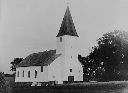 tudulinna vana kirik
