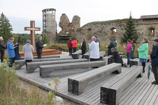 Risti ülendamiseks koguneti Vastseliina